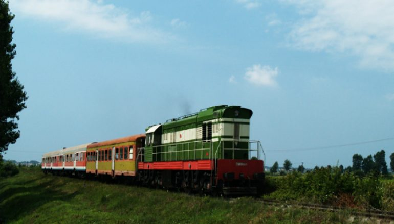 Treni_lokal_Durres_Tirane-770x439_c
