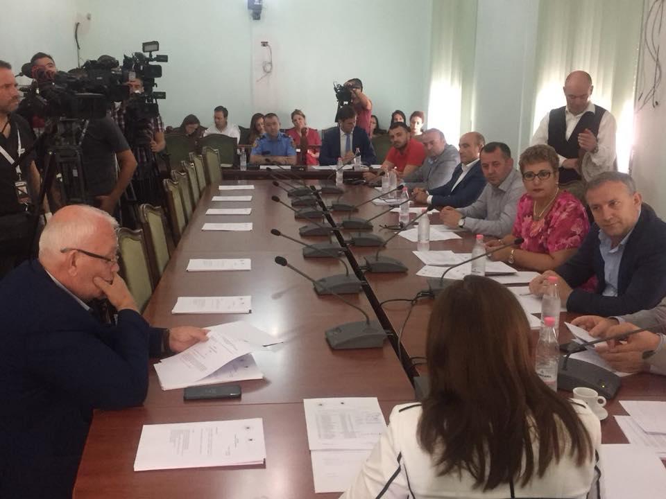 Gjatë mbledhjes së Komisionit të Sigurisë