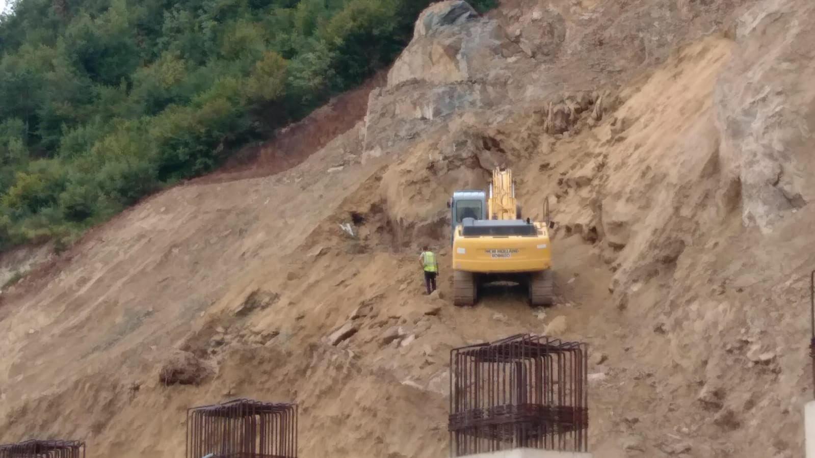 Nga punimet në rrugën hyrëse në Pogradec