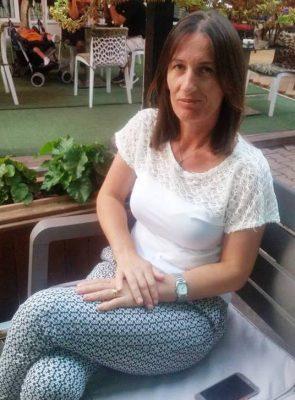 Marjana Pjetri, 40 vjeç, nënë e tre fëmijve, ish punonjëse e farikës së tekstileve 'Lovers Albania' | Foto nga : LIndita Çela