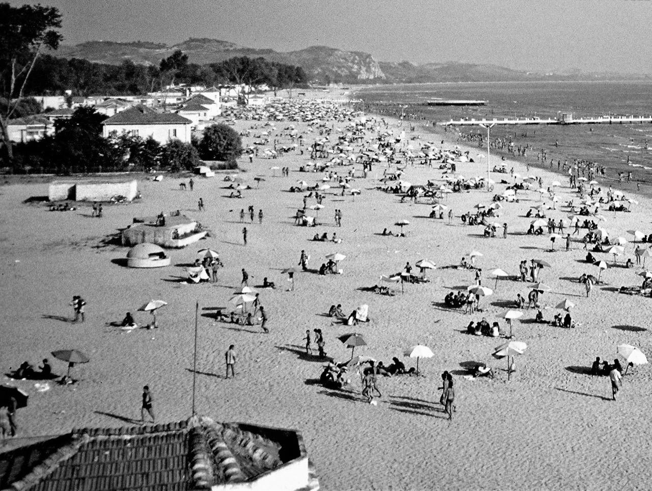 """Pamje e sektorit të plazhit të """"Ilirisë"""""""
