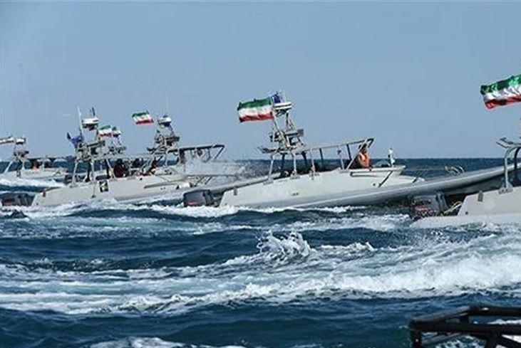 Anije të Flotës iraniane në Ngushticën e Hormuzit