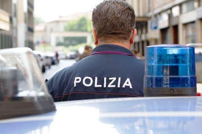 poliziaagente.scale-to-max-width.825x