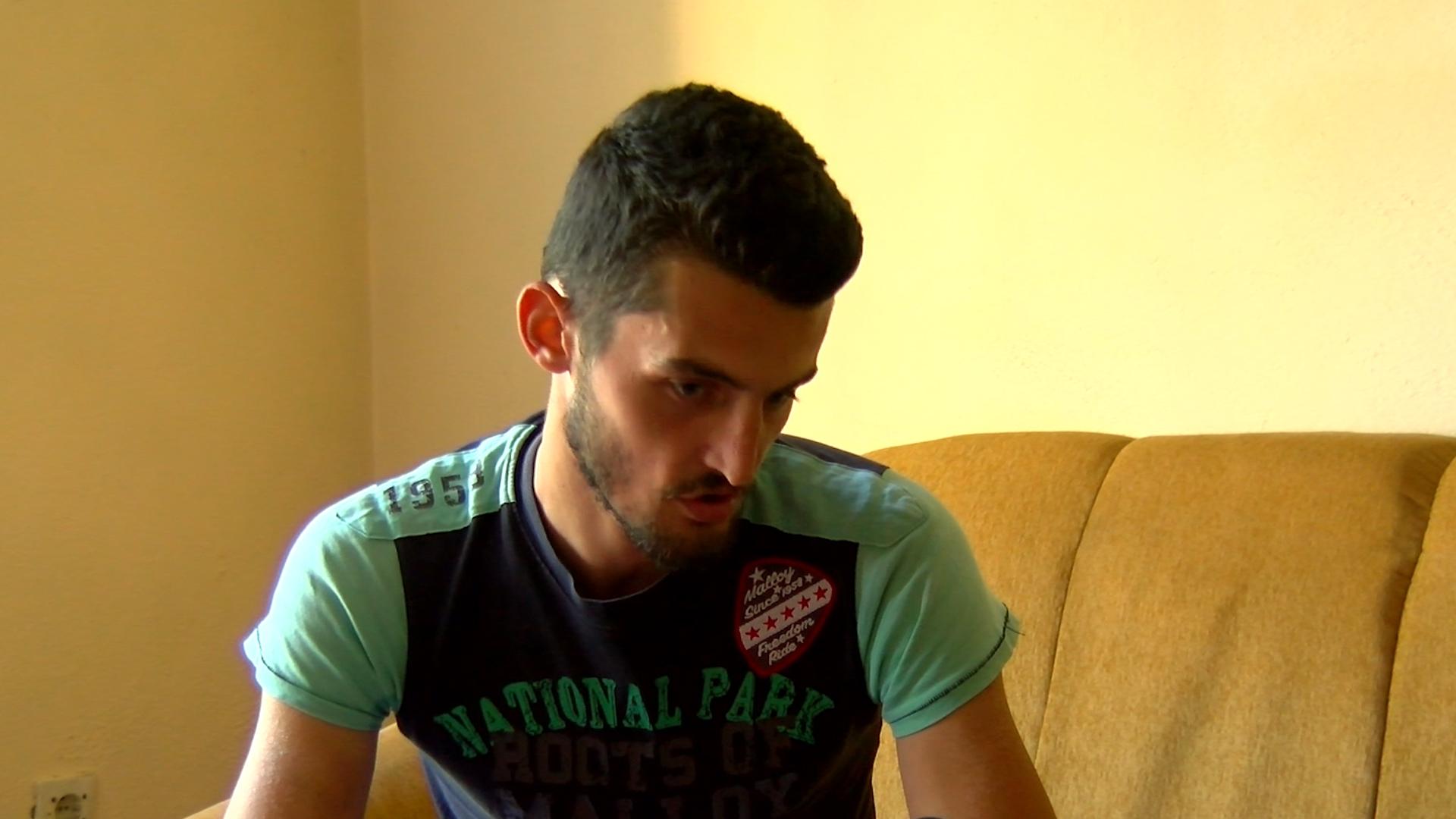 """Riad Celufaj duke folur për """"Panorama"""""""