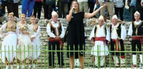 """Programe në Malin e Tomorrit si ngazëllim, si dukur për Apollonin Rosela Gjylbegu dhe grupi i valleve """"Lindita Kaini"""""""