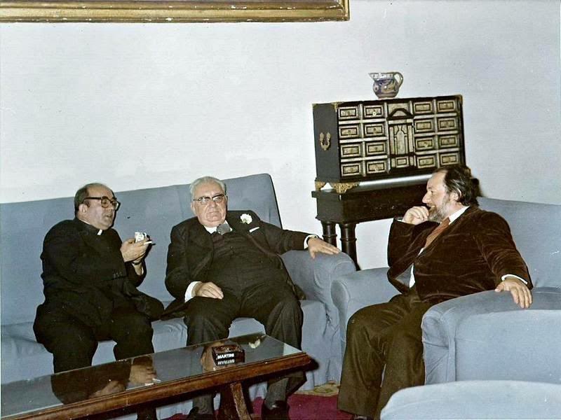 Lin Delia, Ernest Koliqi dhe Dom Lush Gjergji