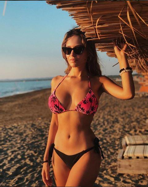 Eva Murati 1