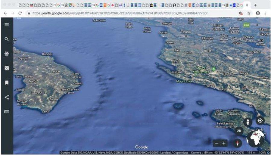 Pamje satelitore e hapësirëse tërësore detare në Detin Jon verior. Burimi, www.google.earth, tetor 2018