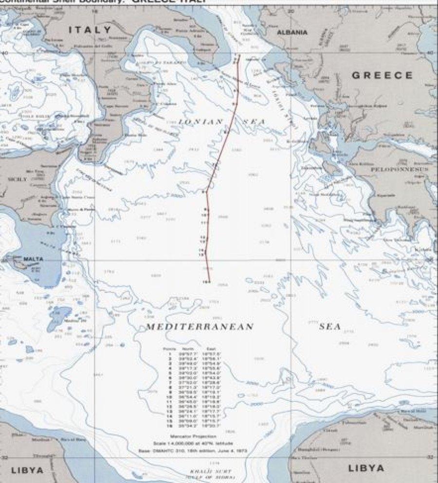 Ilustrim 2: Hartë e Marrëveshjes së Delimitimit të Shelfit Kontinental Greqi-Itali. Burimi, Limits in the Sea, Nr. 96, Continental Shelf Boundary, Greece-Italy. U.S. Department of State, Bureau of Intelligene and Research, June 6, 1982.