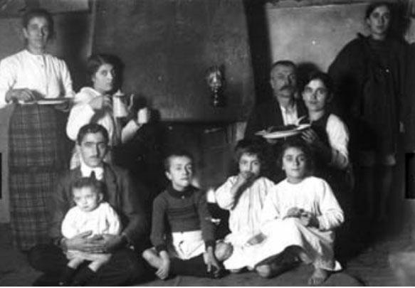 Kel Marubi me familjen