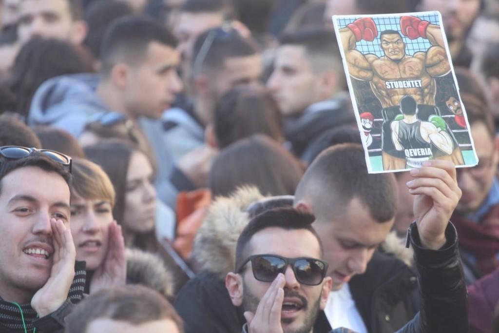 Protesta-studentet-tarifat-ministria12
