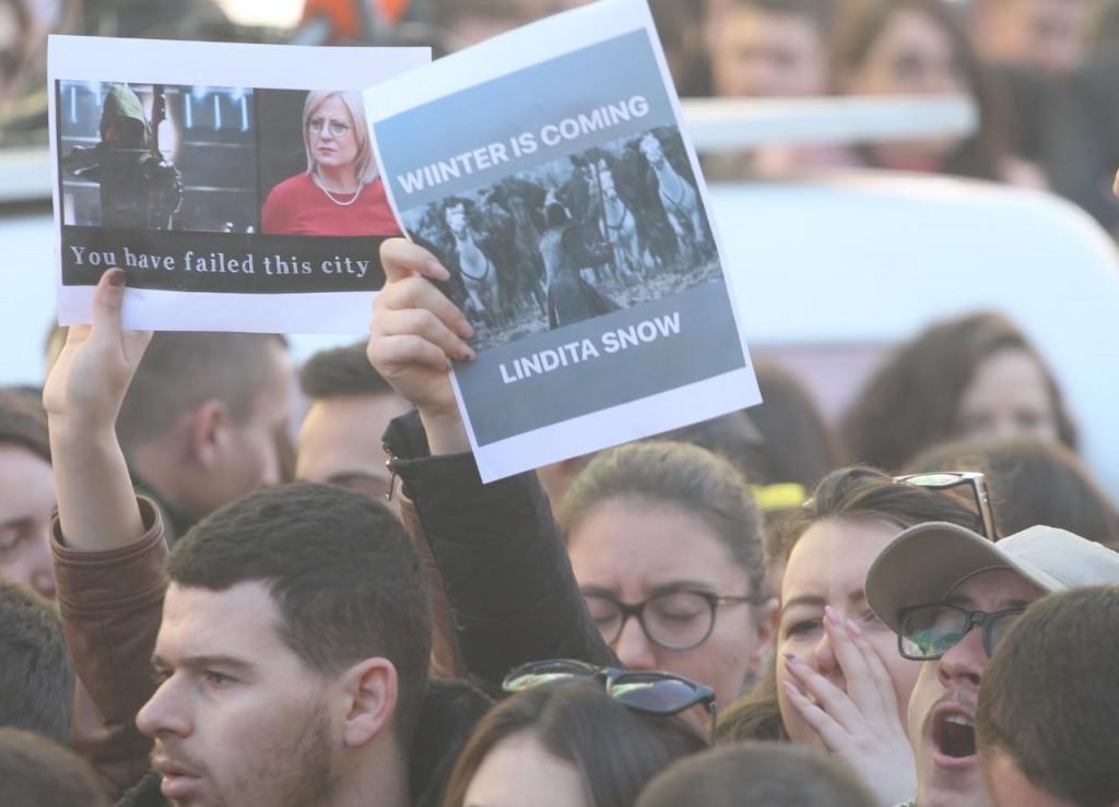 Protesta-studentet-tarifat-ministria13