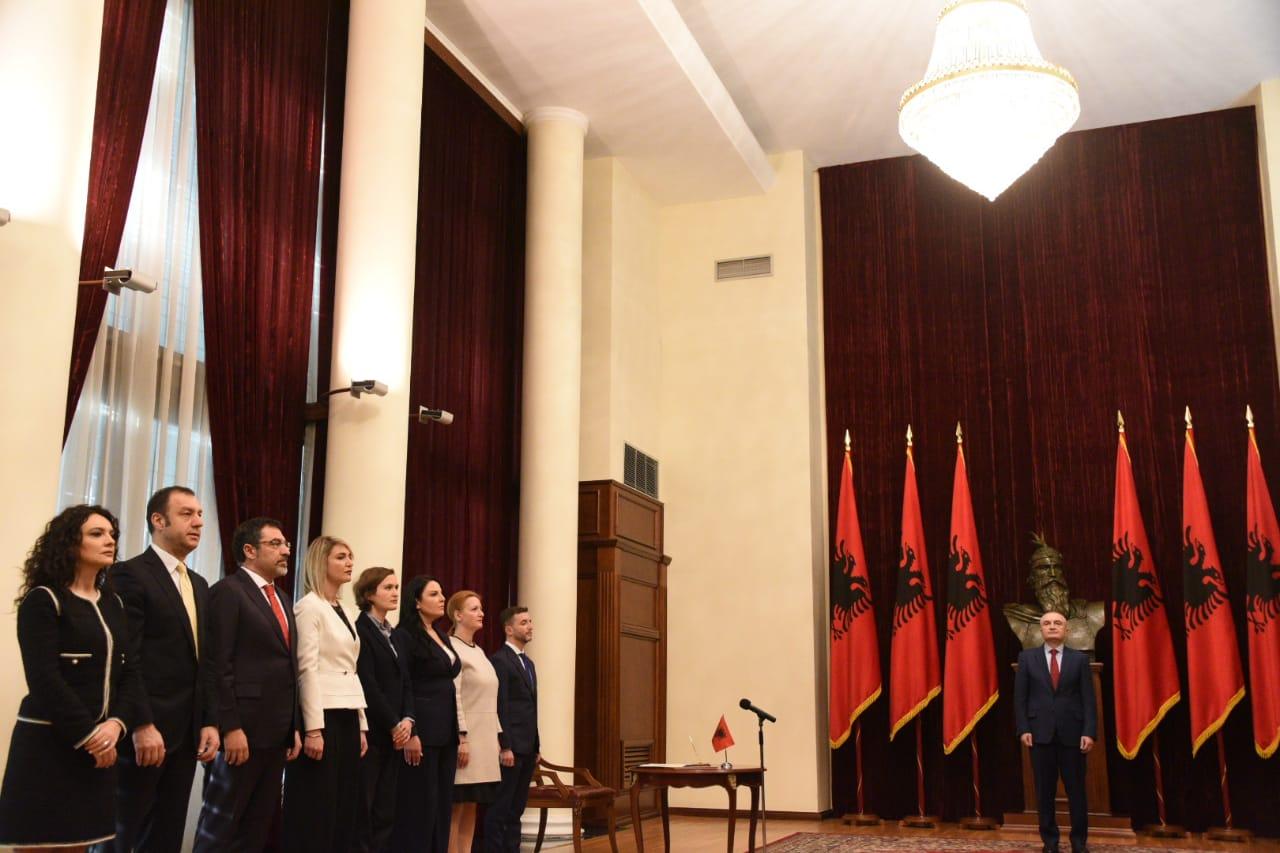 Ministrat-e-rinj-meta-betimi-qeveria-rama-presidenti