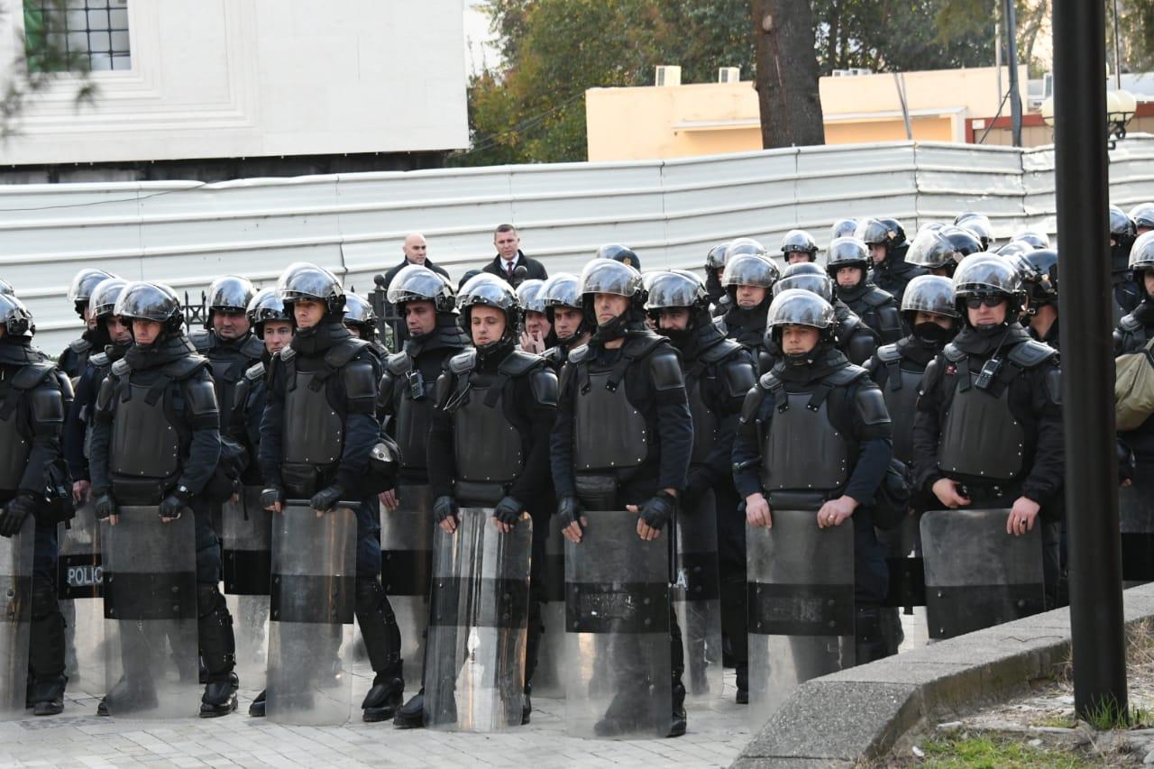 proteste-kuvend-basha1