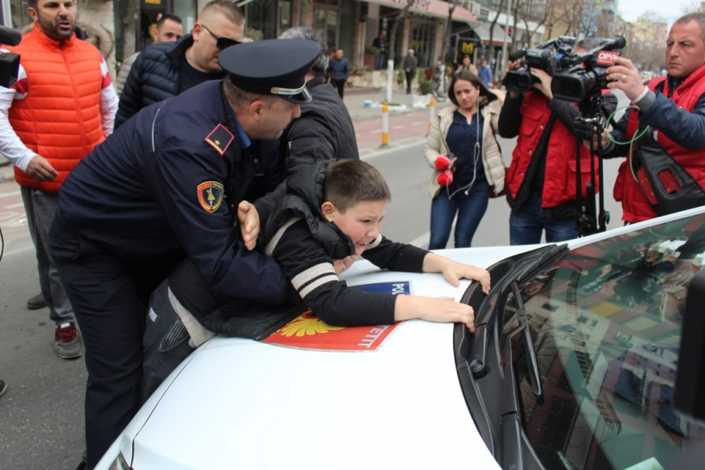 Blerta-Dervishi-policia-Shqiponjat1