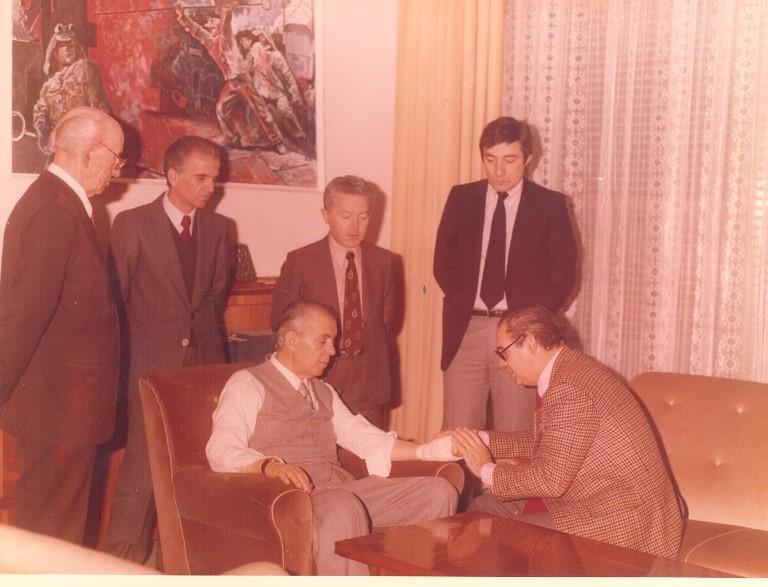 Enver-Hoxha-me-mjekun-francez