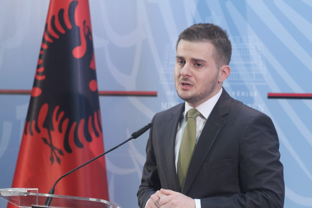 Gent_Cakaj-ministri-detyre1