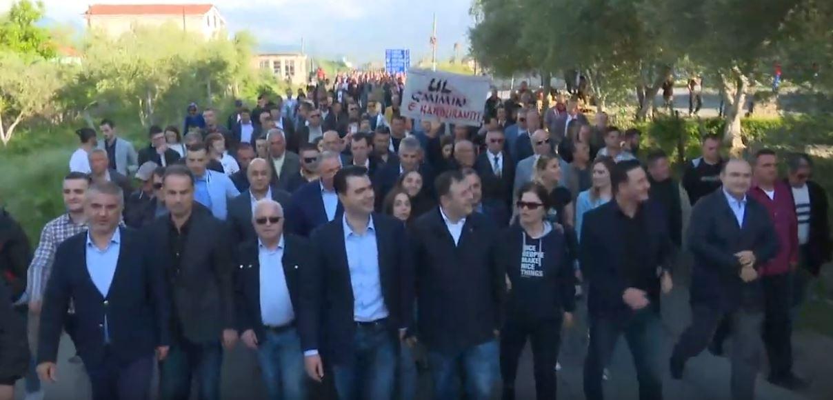 Basha-Elbasan-nis-protesta