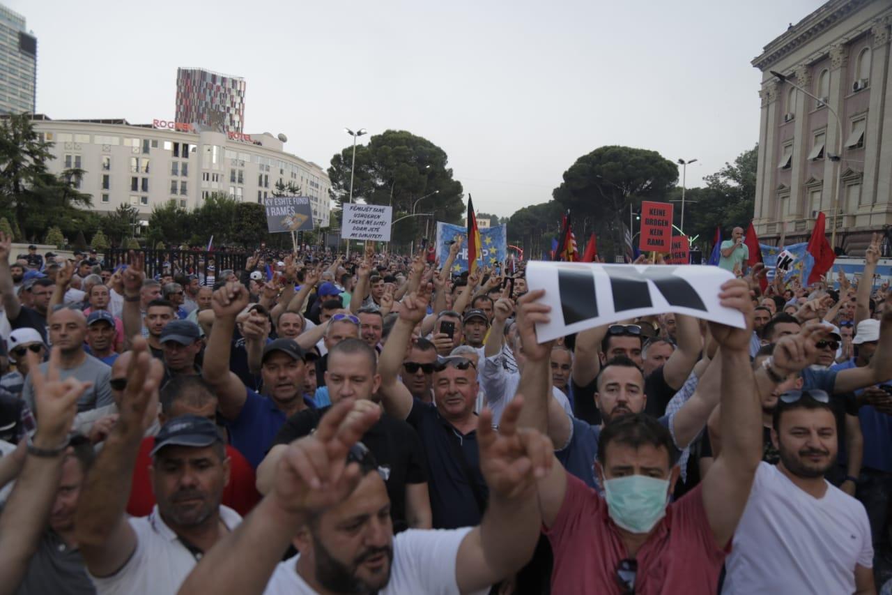 protesta8qershori