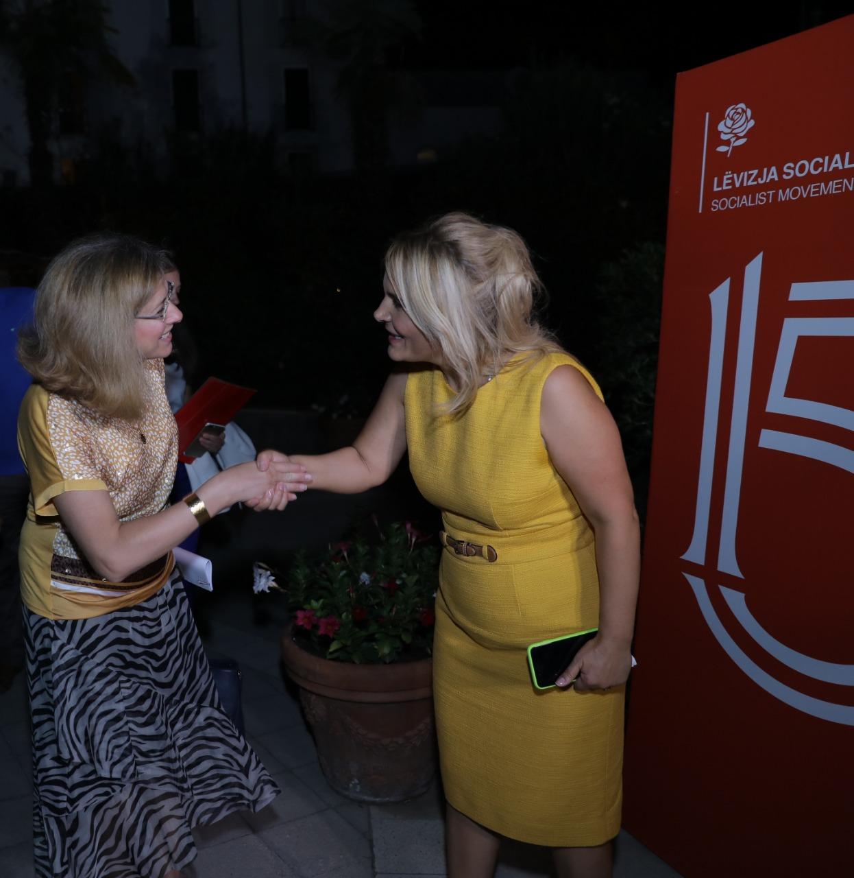 Festa e LSI 15vjetori kryemadhi pritja rogner-Ruci (3)