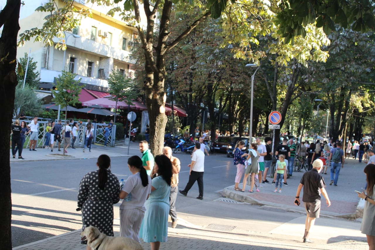 Qytetaret termeti Tirana (5)