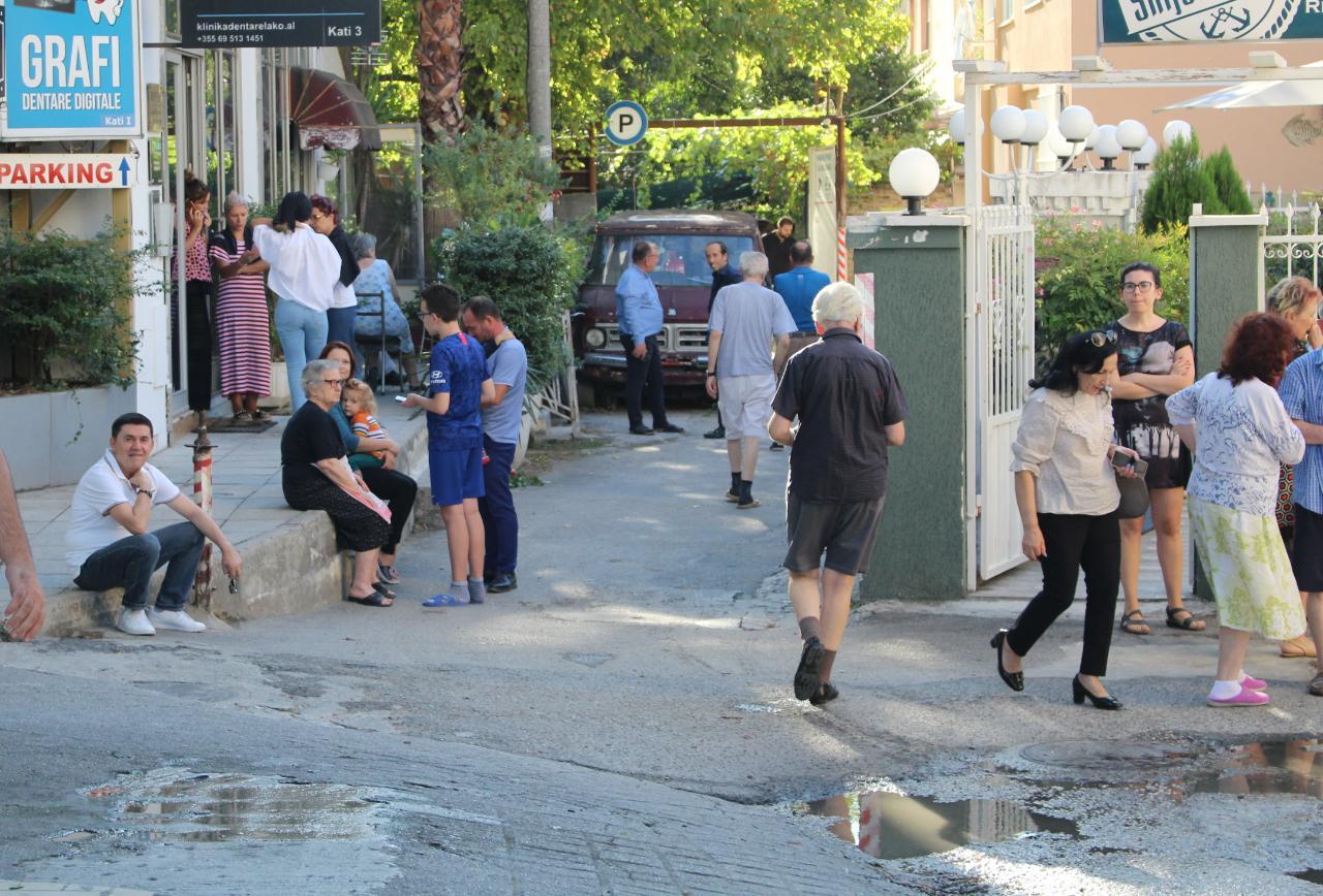 Qytetaret termeti Tirana (6)