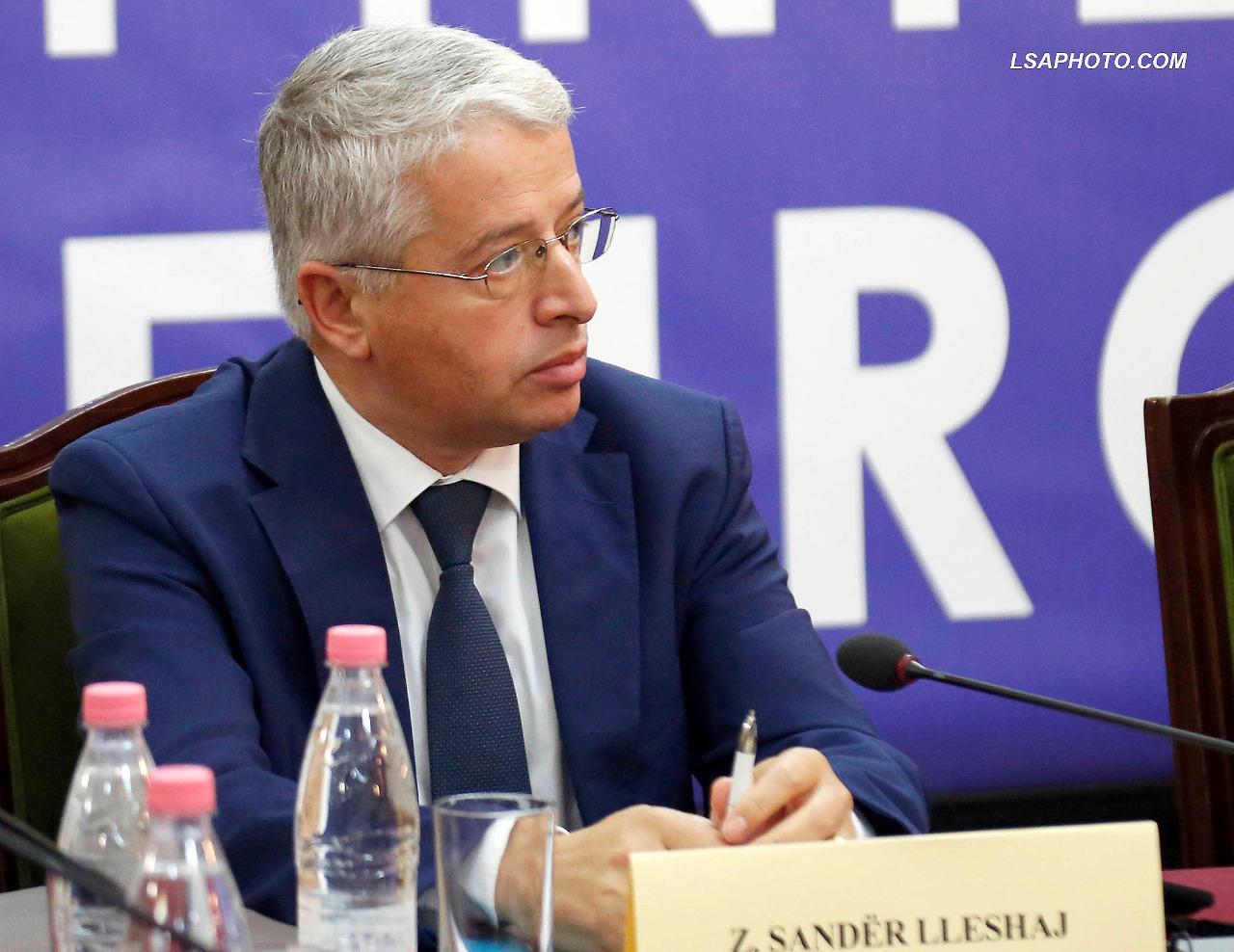 Lleshaj duke raportuar në Këshillin Kombëtar të Integrimit Europian