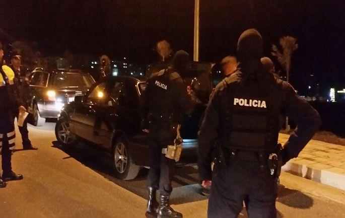 policia-arrestim-naten-1-1
