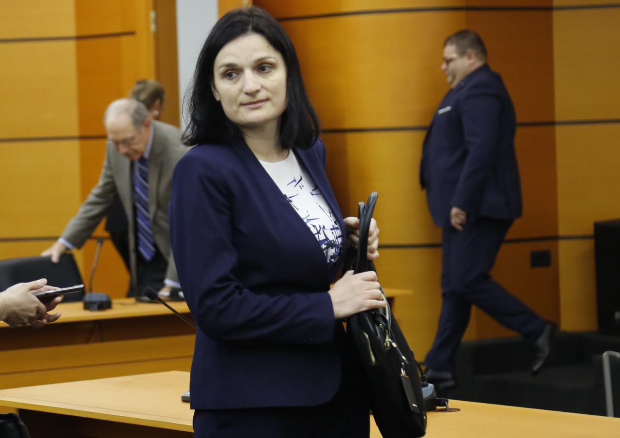 Daniela Shirka4