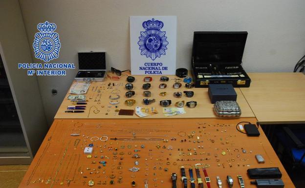 detenidos-gijon-kTKH-U90740346041w6H-624x385@El Comercio