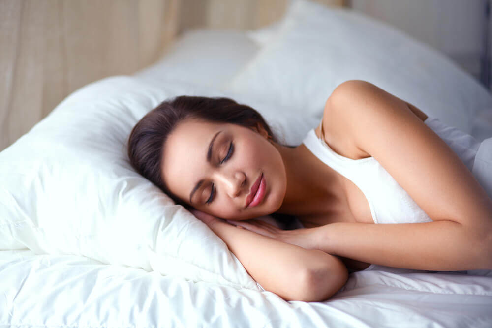 woman-resting-sleeping