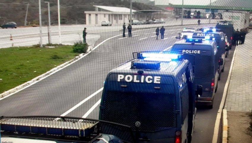 auto_policia-21574809900