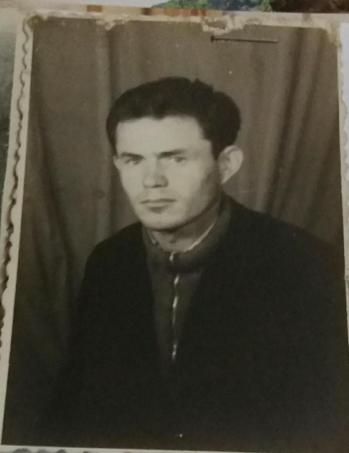 Vasil Zoga punetor