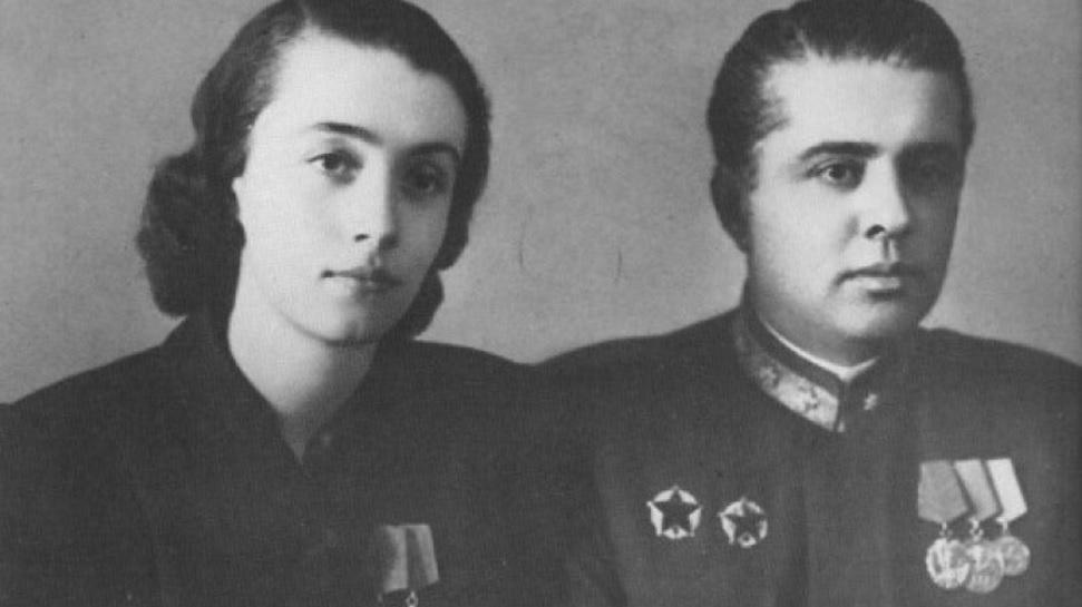 nexhmije-enver-hoxha