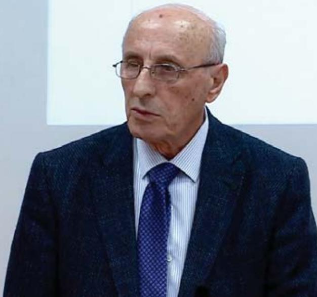 """Rektori i """"Luarasit"""", prof. dr. Et'hem Ruka"""
