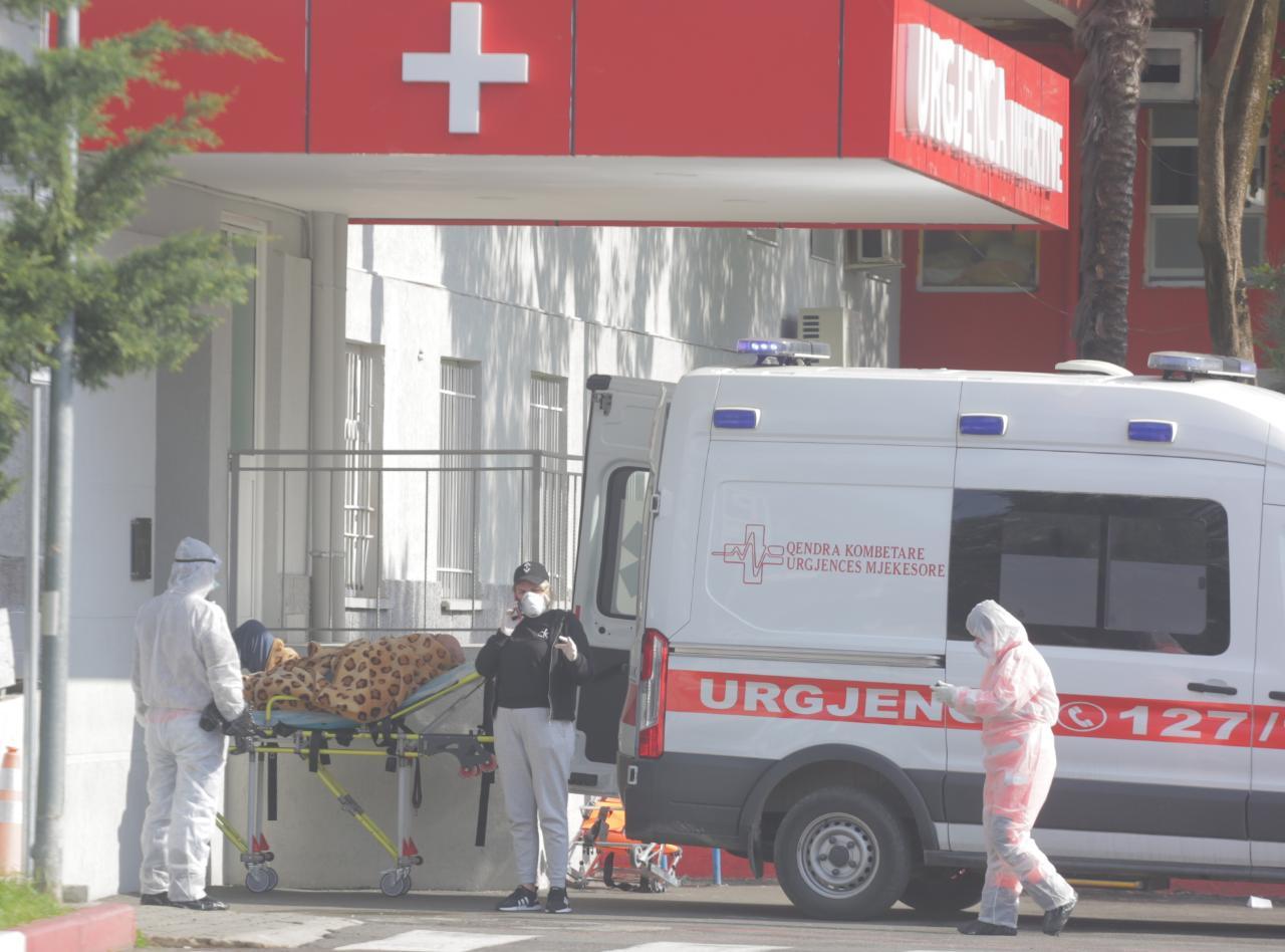 Ambulanca rasti i infektuar ne QSUT1111