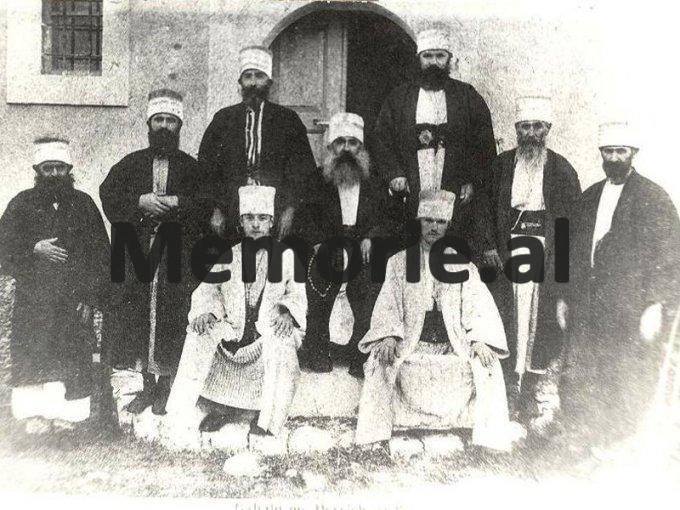 Bektashinjte-foto-e-vjeter