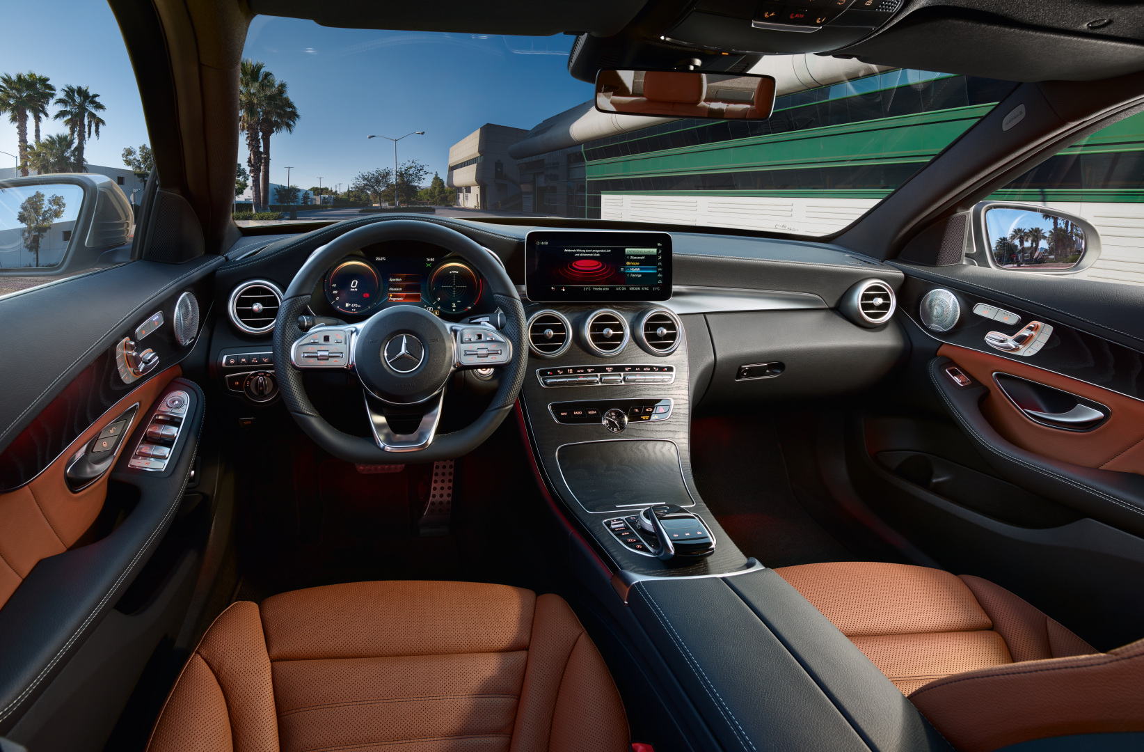 C-Class W/S/C/A205 Facelift, Still Image, W205, M06, Interior, dashboard, v01, CMYK - tif-file only!