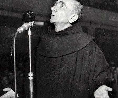 Pater-Anton-Harapi-ne-gjyq-1946.-450x375