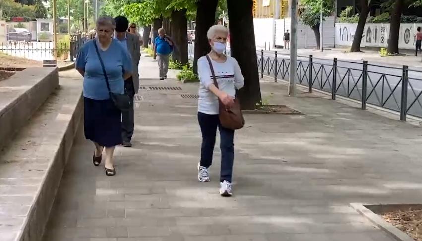 pensioniste koronavirus izolim kryeqytet2