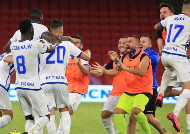 VIDEO  Barazim spektakolar  Tirana  kap  Partizanin në frymën e fundit