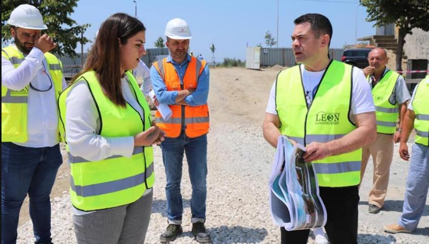 U dëmtua nga tërmeti, nis puna për rindërtimin e shkollës në Rrogozhinë. Ministri Ahmetaj jep detaje nga projekti