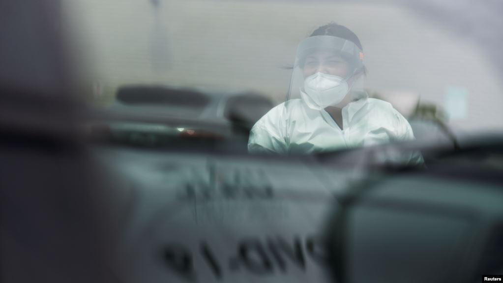 Alarmi nga koronavirusi, 40 shtete amerikane me infeksione në rritje. Ekspertët: Duhet veprim urgjent përpara se