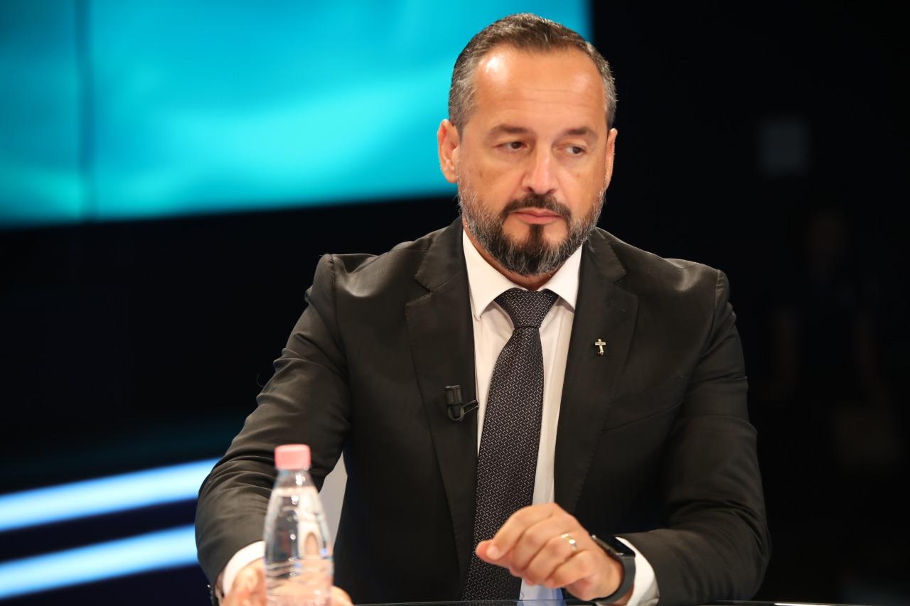 Ngjarja horror në Kombinat/ Ka grupe satanike që qarkullojnë në Shqipëri- Flet pastori Akil Pano: Mund të jenë shndërruar edhe në