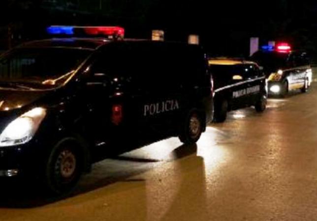 Aksion për kapjen e një personi shumë të kërkuar në Shijak, ja kush u arrestua. Ngjarja ku është përfshirë