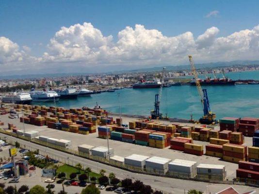 Terminali-i-kontejnerëve-në-portin-e-Durrësit-534x400