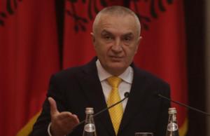 Ilir Meta-konferenca gazetaret-ligji-Aeroporti i Rinasit (2)