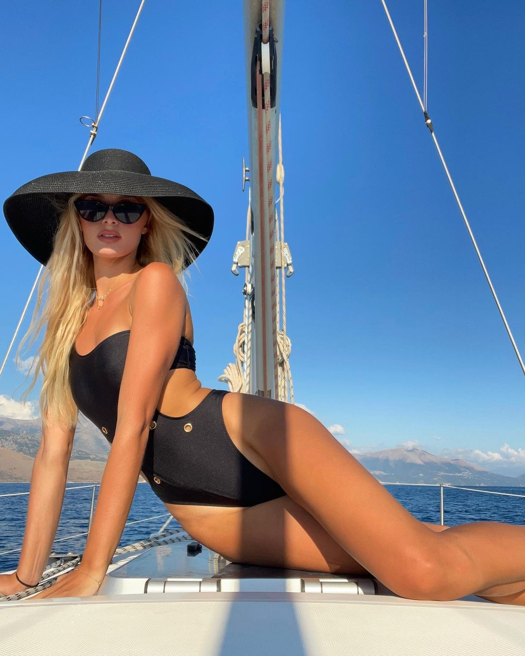Cindy Marina genar topalli (21)