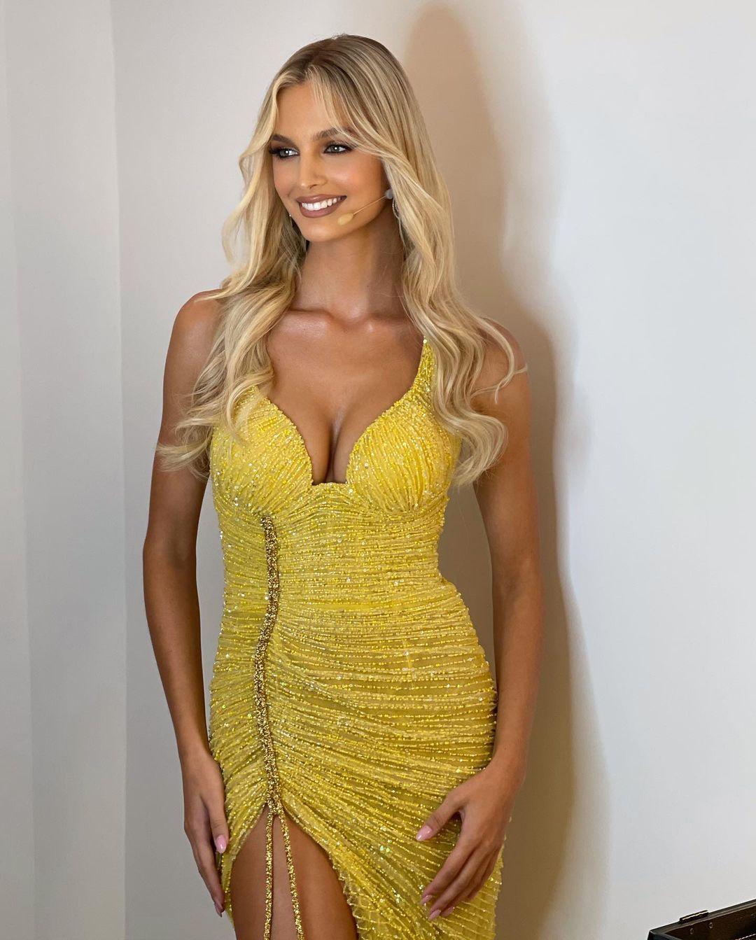 Cindy Marina genar topalli (23)