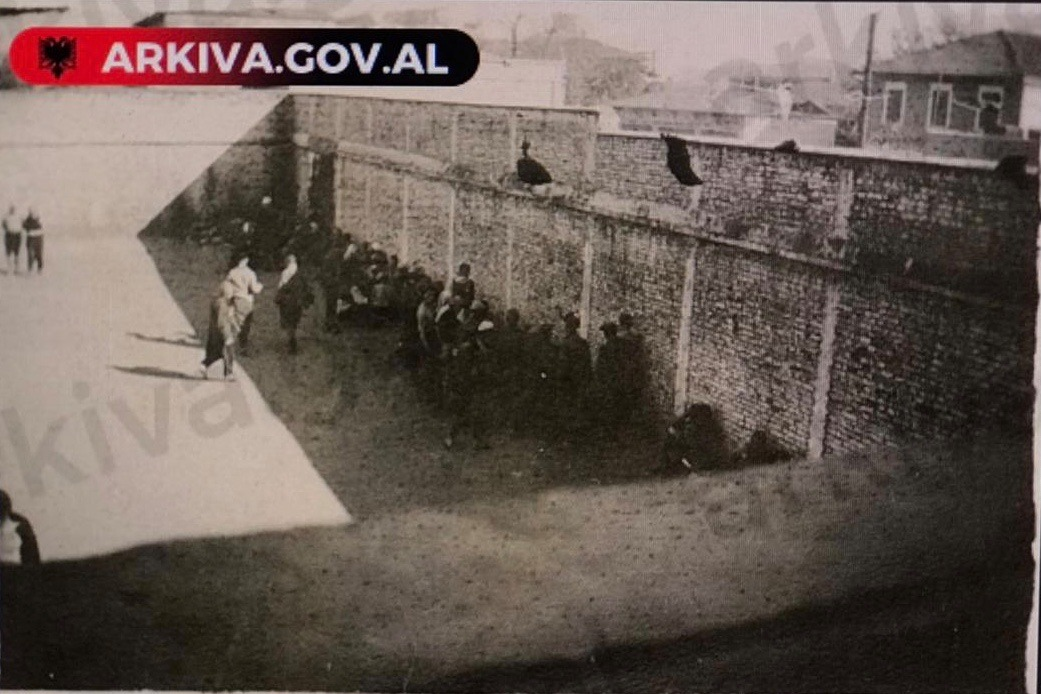 arkivi-dokument-arratisje nga burgu (1)